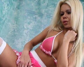 Barbi goes for a ride on a sybian!